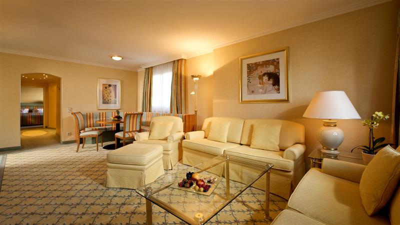 Large family suite with couch